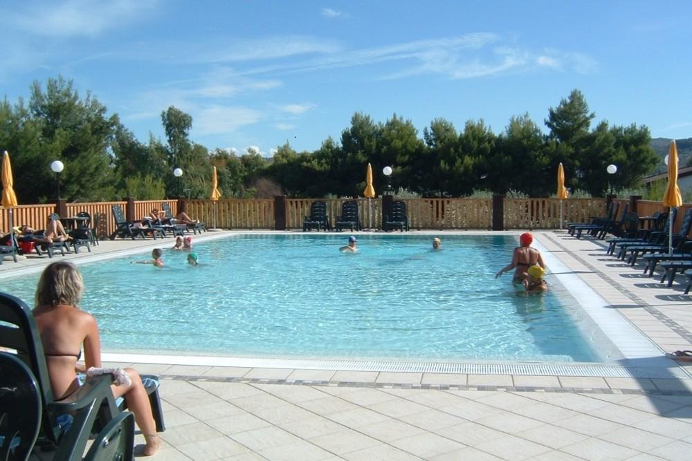 Residence mimma vieste gargano con piscina vacanze 2019 a vieste appartamenti vacanze vieste - Residence puglia mare con piscina ...